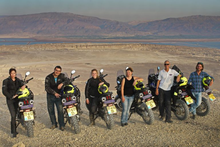 Desert riding guided motorcycle tour (Custom)
